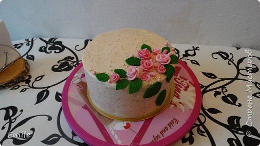 Заготовки цветов  и листочков для украшения торта фото 7