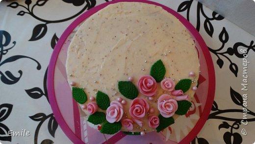 Заготовки цветов  и листочков для украшения торта фото 8