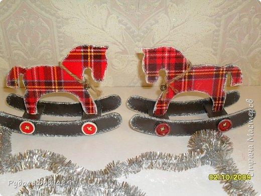 Новогодние интерьерные игрушки. Можно и на камин поставить, и в кабинете на столе будут смотреться не плохо. фото 10