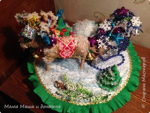 """Всем доброго времени суток, я к вам с очередным своим творением)))) В прошлом году мы  с дочкой делали новогоднего оленя http://stranamasterov.ru/node/976603 , и вот в этом году одна моя хорошая знакомая попросила   ей тоже  сделать """"Новогоднего оленя""""  фото 3"""