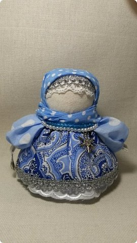 Скоро Новый Год!  Эта куколка похожа  на девочку из сказки про Серебряное копытце)) фото 3