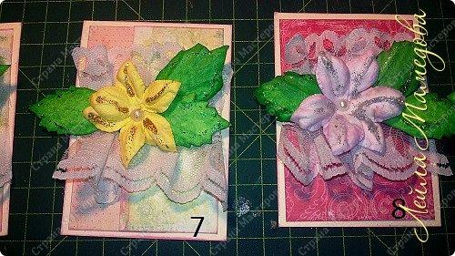"""Запоздала я на этой неделе со своими карточками! В честь праздника всех Мам, я решила подарить цветы. Серия называется """"Цветы для Мам"""". Пусть будут счастливы все-все Мамы!!!! Старалась выдержать заданный скетч. фото 5"""
