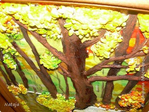 Спасибо Светлане Ямолкиной за науку. По её МК делали эту работу с детьми. Только стволы деревьев мы делали из салфеток, так быстрее и детям проще. Получалось у них отлично, как-будто всегда этим занимались. А уж посыпать клей крупой и вовсе увлекательнейшее для детей занятие! фото 11