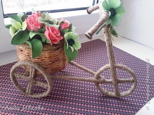 Всем привет! Давно хотела сделать такой велосипед. Наконец-то  собралась. Вот МК http://stranamasterov.ru/node/505344 .  фото 2
