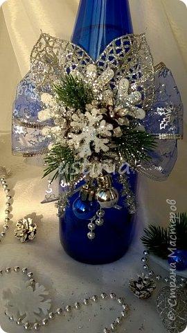 Наконец то я дорвалась до шишек и натворила веночков  и разных новогодних украшательств)))) и думаю это ещё не конец ))) как быстро покрасить шишки я выкладывала вот здесь http://stranamasterov.ru/node/1060218 фото 18