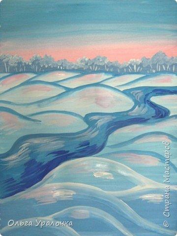 """За окном чудесная погода по настоящему зимняя и морозная, и  мне хотелось бы поделиться  мастер-классом по рисованию """"Зимний пейзаж. Морозное утро"""", он для тех, кто хотел бы попробовать себя в художественном творчестве. Работа может быть выполнении как людьми с опытом рисования, так и новичками. Поэтапное рисование - поможет вам избежать наиболее часто встречающихся ошибок и придаст уверенности в собственных силах. Работа выполняется без предварительного рисунка. Материалы: гуашь ватман формата А-3., нейлоновые кисти под номерами 2, 3, 5.  фото 16"""