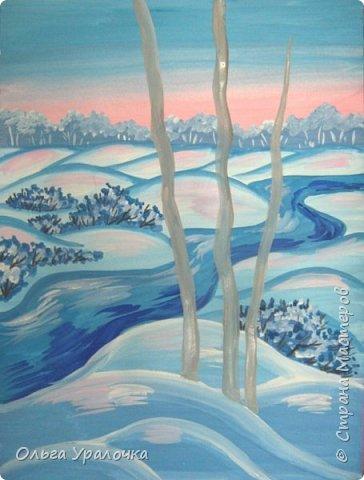 """За окном чудесная погода по настоящему зимняя и морозная, и  мне хотелось бы поделиться  мастер-классом по рисованию """"Зимний пейзаж. Морозное утро"""", он для тех, кто хотел бы попробовать себя в художественном творчестве. Работа может быть выполнении как людьми с опытом рисования, так и новичками. Поэтапное рисование - поможет вам избежать наиболее часто встречающихся ошибок и придаст уверенности в собственных силах. Работа выполняется без предварительного рисунка. Материалы: гуашь ватман формата А-3., нейлоновые кисти под номерами 2, 3, 5.  фото 21"""