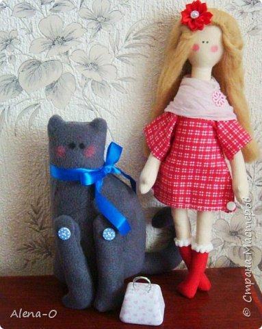 Вот таких куколку и котика я сшила одной милой девушке)) Девушка осталась довольна, что очень радует и вдохновляет)