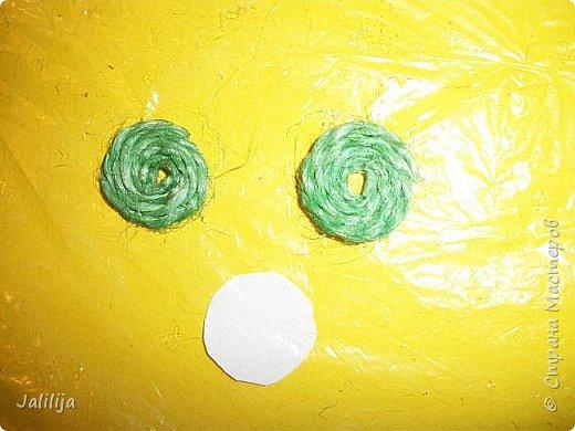 Приветствую всех, кто ко мне заглянул! Столько блестящих во всех смыслах ёлочных шариков уже изготовлено в Стране! Я сегодня предлагаю  вместе со мной сделать это украшение из шпагата. Вот такие шары. фото 19
