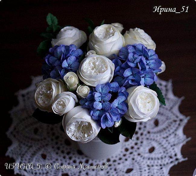 Интерьерная композиция с цветами   из зефирного фома. фото 1