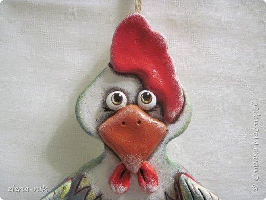 Доброго дня всем! Кто сказал, что курица не птица? Еще какая птица! И петух птица! И, надеюсь, счастье принесет всем. фото 1