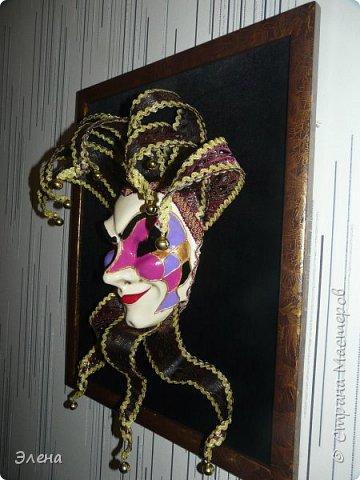 Интерьерная маска Джокер и небольшой МК по короне Джокера . фото 2