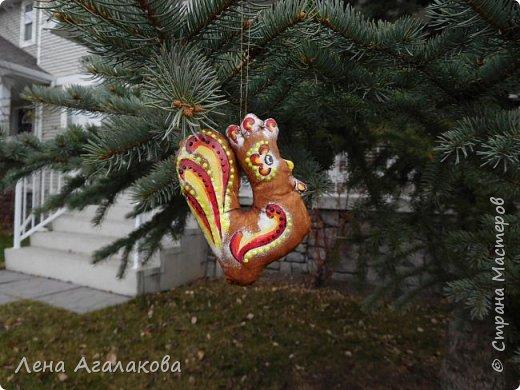 Петушки кофейные на елку получились самыми удачными, расписаны акрилом фото 2