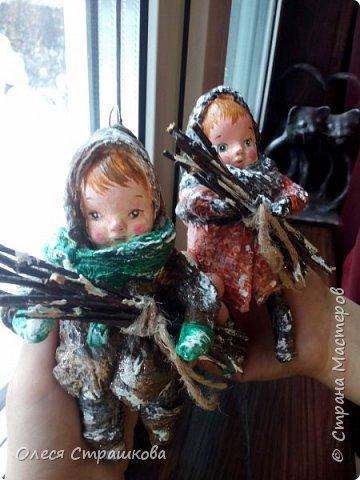 Это детки- брат и сестра. Васенька и Василиса. Очень хозяйственные, ответственные. Малыши примерно по 13 см. фото 2