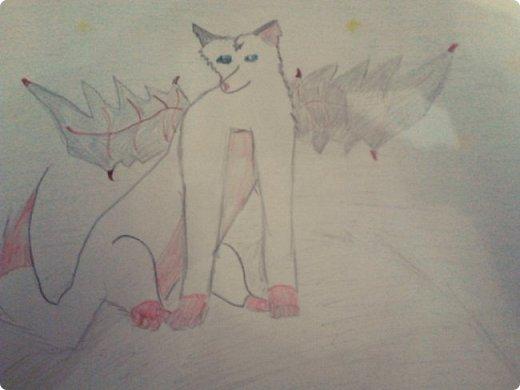 Здравствуй, Страна Мастеров! Как же давно меня тут не было! Сейчас я покажу вам свои новые рисунки.  На уроке ИЗО рисовали необычных существ. Вот мой рисунок. Крылатый Волк. фото 1