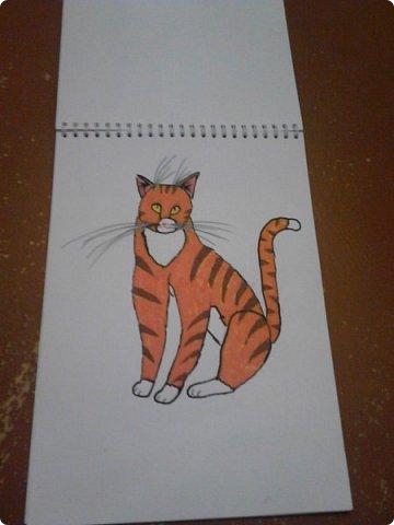 Здравствуй, Страна Мастеров! Как же давно меня тут не было! Сейчас я покажу вам свои новые рисунки.  На уроке ИЗО рисовали необычных существ. Вот мой рисунок. Крылатый Волк. фото 26