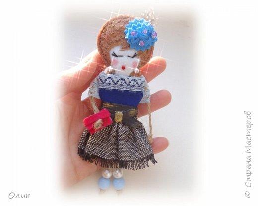 Очень модный тренд сезона куколки - брошки ручной работы. фото 11