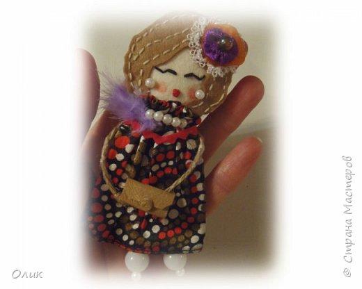 Очень модный тренд сезона куколки - брошки ручной работы. фото 10