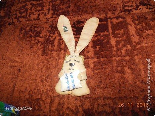 Вот нашились у меня сплюшки-повторюшки по МК Olesia Falatyuk http://stranamasterov.ru/node/549962?c=favorite  Тонировала 1 ст.л. цикорий+ 1 ч.л. кофе кофе+ 1/2 ч.л. корица + 50 мл кипятка. Натирала ванилином по мокрому. Потом тонировала разведенной акрилкой. Все недочеты маскировки пришлось прятать под макияжем акрилки))) фото 4