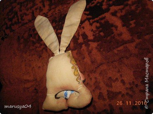 Вот нашились у меня сплюшки-повторюшки по МК Olesia Falatyuk http://stranamasterov.ru/node/549962?c=favorite  Тонировала 1 ст.л. цикорий+ 1 ч.л. кофе кофе+ 1/2 ч.л. корица + 50 мл кипятка. Натирала ванилином по мокрому. Потом тонировала разведенной акрилкой. Все недочеты маскировки пришлось прятать под макияжем акрилки))) фото 6