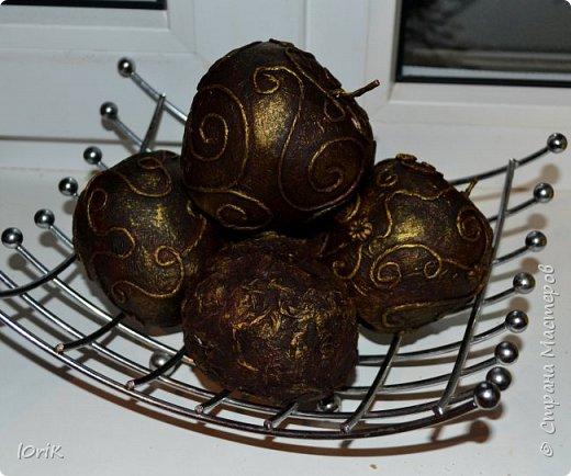 вот такие яблочки украшают мою кухню.. увидела идейку в инете и захотелось себе такие же..  фото 1
