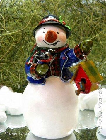 Какое самое любимое и веселое занятие зимой? Правильно! Лепка снеговиков!  фото 1
