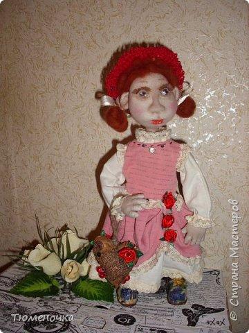 Всем хорошего дня. Эта кукла сшита в подарок. Пробую валять лица. фото 1