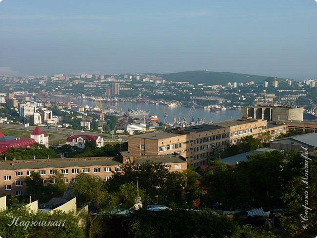 У всех полным ходом подготовка к Новому Году, а у меня ностальгия по лету… Два года подряд ездили отдыхать в Приморье, а точнее во Владивосток. Приглашаю и вас на прогулку по этому удивительному городу. фото 25