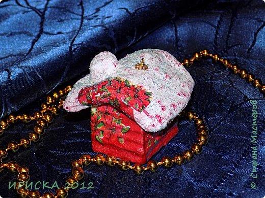 Приветствую всех гостей моей странички!!! Наконец-то я доделала свои первые ватные игрушки. Хочу сразу сказать слова благодарности за вдохновение, мастер-классы и добрые советы мастерам по ватным игрушкам Олечке Симаковой http://stranamasterov.ru/user/390706 , Элайдже http://stranamasterov.ru/user/399311 и Светлане http://stranamasterov.ru/user/68349 , именно благодаря вам я решилась попробовать себя в ватном папье-маше.   фото 22