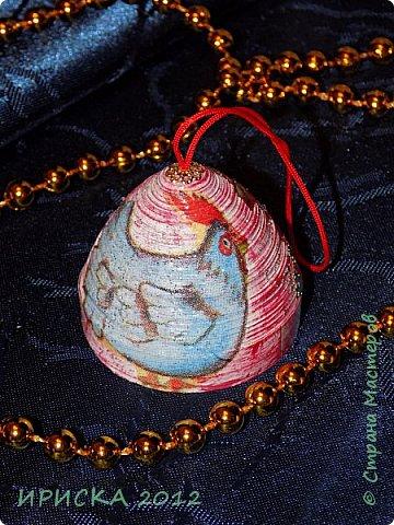 Приветствую всех гостей моей странички!!! Наконец-то я доделала свои первые ватные игрушки. Хочу сразу сказать слова благодарности за вдохновение, мастер-классы и добрые советы мастерам по ватным игрушкам Олечке Симаковой http://stranamasterov.ru/user/390706 , Элайдже http://stranamasterov.ru/user/399311 и Светлане http://stranamasterov.ru/user/68349 , именно благодаря вам я решилась попробовать себя в ватном папье-маше.   фото 42