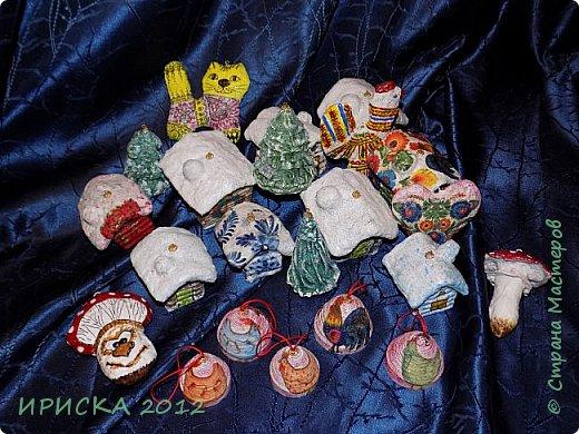 Приветствую всех гостей моей странички!!! Наконец-то я доделала свои первые ватные игрушки. Хочу сразу сказать слова благодарности за вдохновение, мастер-классы и добрые советы мастерам по ватным игрушкам Олечке Симаковой http://stranamasterov.ru/user/390706 , Элайдже http://stranamasterov.ru/user/399311 и Светлане http://stranamasterov.ru/user/68349 , именно благодаря вам я решилась попробовать себя в ватном папье-маше.   фото 45