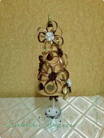 Сделала елочки из своего любимого материала- обоев. фото 2