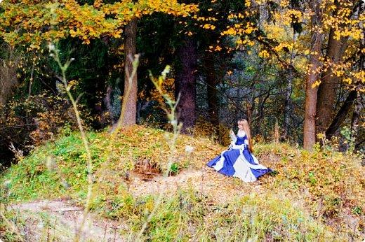 Хорошо, когда рядом с домом есть лес, по которому можно прогуляться в свободное время. И хорошо, когда есть свой персональный фотограф))). У меня это сын)) фото 1