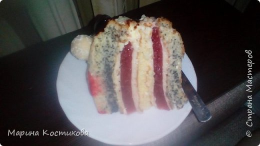 Этот торт я готовила в первый раз,поэтому были некоторые проблемы. В первую очередь с определением диаметра формы для выпекания и желе. Но получилось очень вкусно.  фото 2