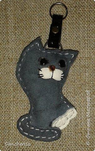 Попугаи. Брелки для ключей. выполнены полностью из натуральной кожи. фото 7