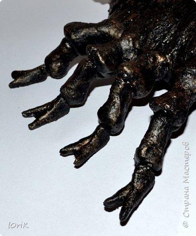 Муж мой скорпион по гороскопу.. сделала из соленого теста скорпиошу.. аналог так сказать)))))... основа проволока+фольга..  фото 4