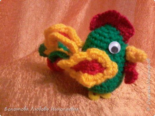 """""""Петушок"""" - мягкая игрушка, связанная крючком. фото 1"""
