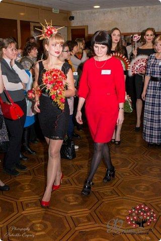 Всем здравствуйте! Почти на месяц опаздываю я с блогом, посвященным 1-му фестивалю свит-дизайна, прошедшему в Москве 5 ноября. Ну это не страшно, ведь тема фестиваля - Новый год. А он еще в пути!  фото 5
