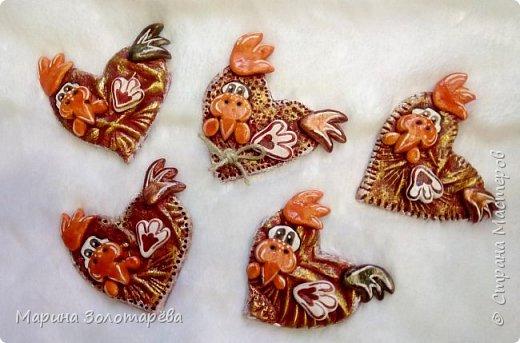 Здравствуй, Страна!!!  Принимай в свою стаю и моих петухов) За идею петушков-сердечек благодарю Настю-Домотею) Я оформила их на свой вкус, приложила фантазию и вот что получилось)Сувенирные подвески) фото 3