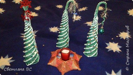 Сразу выложу остальные работы, пока не перепутала все. Это новогодние заказы. Сапожки новогодние разных цветов попросили, декор у всех разный. Красила колерами синее море, красный и персиковый (розового у меня не оказалось). фото 18