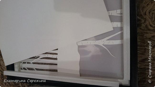 Итак, обещанный мастер-класс! Нам понадобится: - рамка - бумага А4, плотностью 160 г/м3, не тоньше (для 5 слоёв - 6 листов) - калька - плотная! - светодиодная лента - адаптер питания - переходник (от ленты к адаптеру питания) - пенокартон 3мм - нож - клей ПВА фото 10