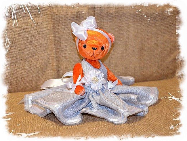 Всем Привет!!! Я снова к Вам с Мишкой! На Этот Раз Вот такая Девочка-Апельсиновое Счастье!!!! Малышка Сшита из Советского Плюша, пять шплинтов, платье сшито из искусственного льна-снимается, рост 28 см. Слегка утяжелена металлическим гранулятом. фото 3