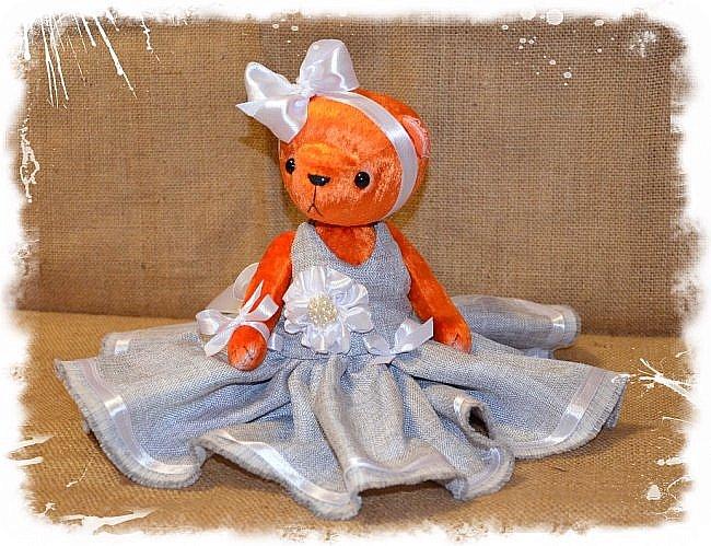 Всем Привет!!! Я снова к Вам с Мишкой! На Этот Раз Вот такая Девочка-Апельсиновое Счастье!!!! Малышка Сшита из Советского Плюша, пять шплинтов, платье сшито из искусственного льна-снимается, рост 28 см. Слегка утяжелена металлическим гранулятом. фото 2
