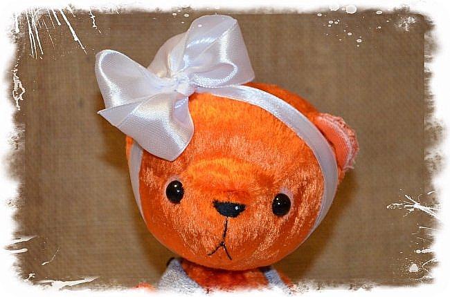 Всем Привет!!! Я снова к Вам с Мишкой! На Этот Раз Вот такая Девочка-Апельсиновое Счастье!!!! Малышка Сшита из Советского Плюша, пять шплинтов, платье сшито из искусственного льна-снимается, рост 28 см. Слегка утяжелена металлическим гранулятом. фото 1