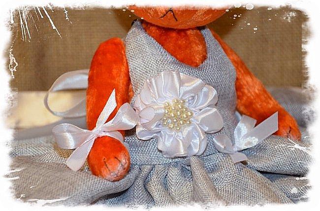 Всем Привет!!! Я снова к Вам с Мишкой! На Этот Раз Вот такая Девочка-Апельсиновое Счастье!!!! Малышка Сшита из Советского Плюша, пять шплинтов, платье сшито из искусственного льна-снимается, рост 28 см. Слегка утяжелена металлическим гранулятом. фото 4
