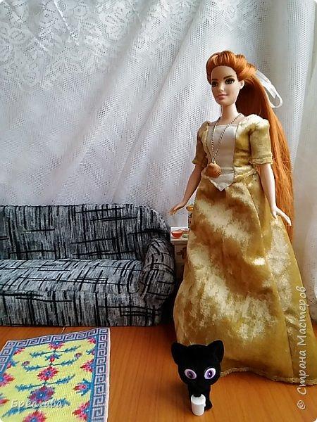 Перепрошила Барби толстушку (так она выглядела http://stranamasterov.ru/node/1047475#comment-14348624). Обозвала Алисой и сшила платье. Алиса со своим котёнком Алмазом фото 1