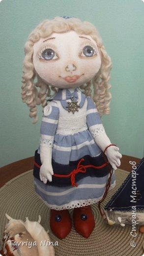 Кукла из бязи,лицо расписано акриловыми красками,волосы-шерсть.Платье из хлопка.Туфельки-кожа. фото 1
