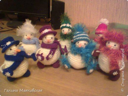 Привет всем! Представляю свою армию  снеговиков. Раньше я их не делала. Это первые. Часть из них уже покинули меня. фото 1