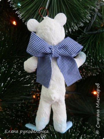 Очередной ватный малыш, в костюме белого медвежонка. фото 3
