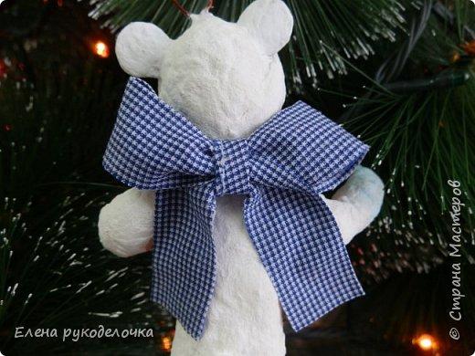 Очередной ватный малыш, в костюме белого медвежонка. фото 4